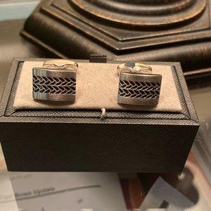 Tire tread cufflinks